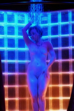 MichelleLamour-Shower-003
